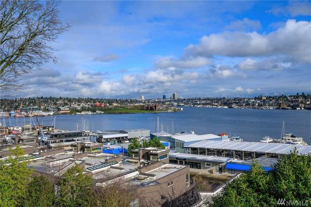 2102 8th Ave N, Seattle, WA 98109 (#1552663) :: Ben Kinney Real Estate Team