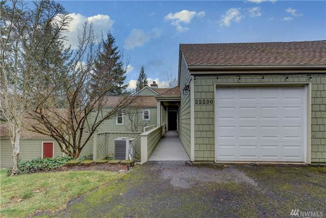 22230 SE 42nd Lane, Issaquah, WA 98029 (#1552886) :: Real Estate Solutions Group
