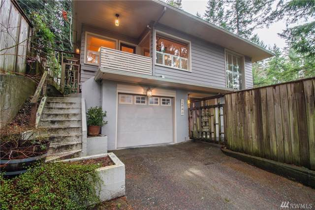 2446 E Phinney Bay Dr, Bremerton, WA 98312 (#1552986) :: Sarah Robbins and Associates
