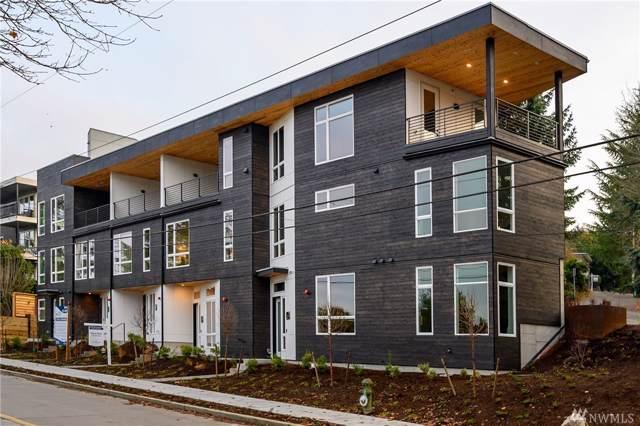 3259 W Commodore Wy, Seattle, WA 98199 (#1553099) :: Crutcher Dennis - My Puget Sound Homes