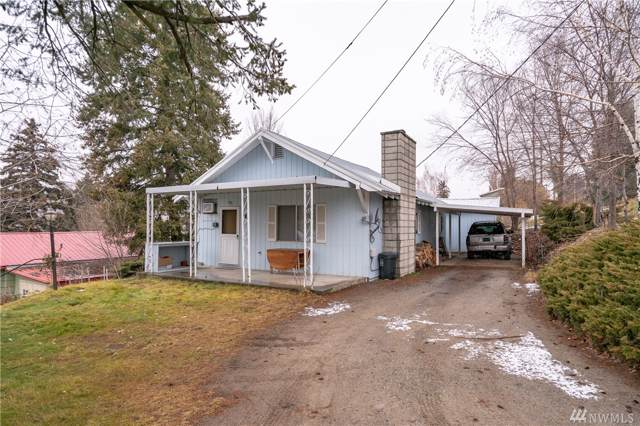 111 E 3rd St, Tonasket, WA 98855 (#1553144) :: Keller Williams Western Realty