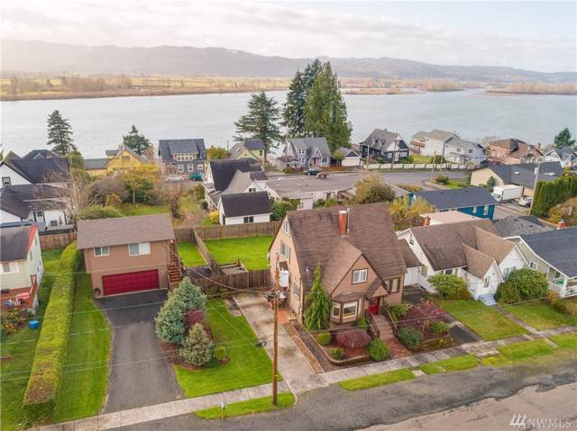 340 S 2nd, Cathlamet, WA 98612 (#1553919) :: Real Estate Solutions Group