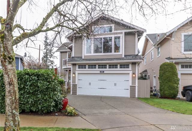 13107 NE 70th Dr, Kirkland, WA 98033 (#1553951) :: The Royston Team