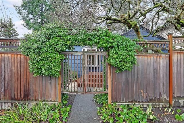6055 40th Ave NE, Seattle, WA 98115 (#1554094) :: McAuley Homes