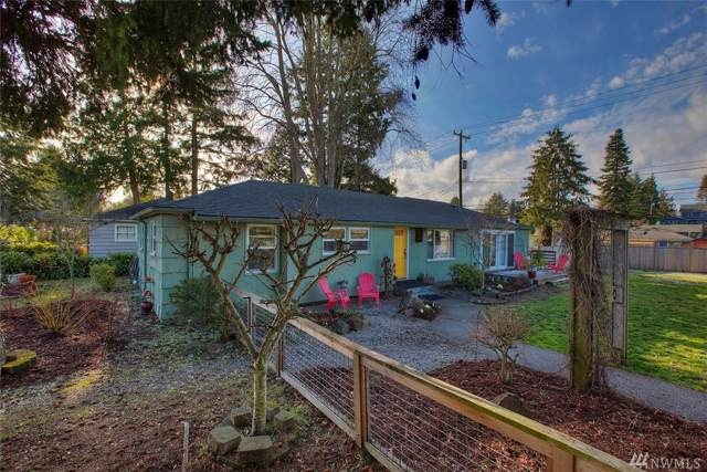 4705 SW Hinds St, Seattle, WA 98116 (#1554489) :: The Shiflett Group