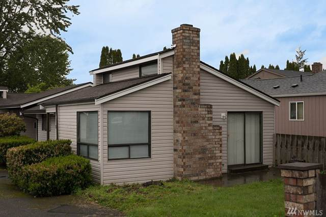 2411 Yew St, Bellingham, WA 98229 (#1554614) :: Hauer Home Team