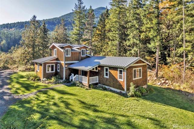 152 Serenity Lp, Quilcene, WA 98376 (#1554805) :: The Kendra Todd Group at Keller Williams