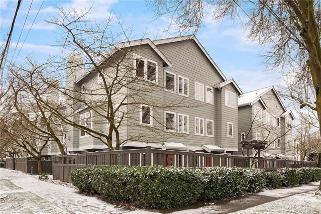 205 27th Ave S, Seattle, WA 98144 (#1554851) :: Crutcher Dennis - My Puget Sound Homes