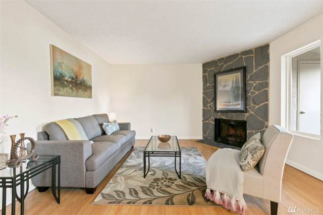 14010 Juanita Dr NE C5, Kirkland, WA 98034 (#1554918) :: NW Home Experts