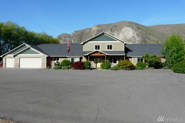 5005 NW Cascade, East Wenatchee, WA 98802 (#1555232) :: Keller Williams Western Realty