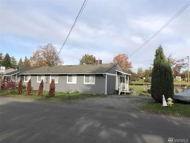 1700-1702 Harrington Ave NE, Renton, WA 98056 (#1555236) :: Mosaic Home Group