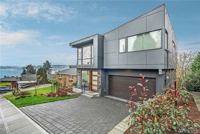 10124 Waters Ave S, Seattle, WA 98178 (#1555303) :: Ben Kinney Real Estate Team