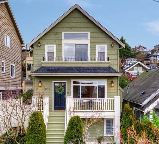 1940 9th Ave W, Seattle, WA 98119 (#1555598) :: The Kendra Todd Group at Keller Williams