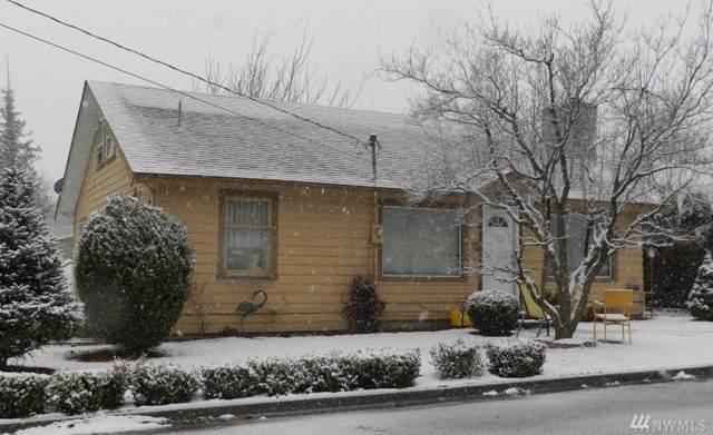 327 Terminal Ave, Wenatchee, WA 98801 (#1555605) :: Crutcher Dennis - My Puget Sound Homes