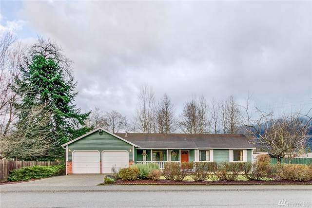 325 NE 4th St, North Bend, WA 98045 (#1555726) :: Costello Team