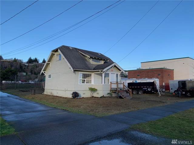 203 W Emerson Ave, Hoquiam, WA 98550 (#1556006) :: Real Estate Solutions Group