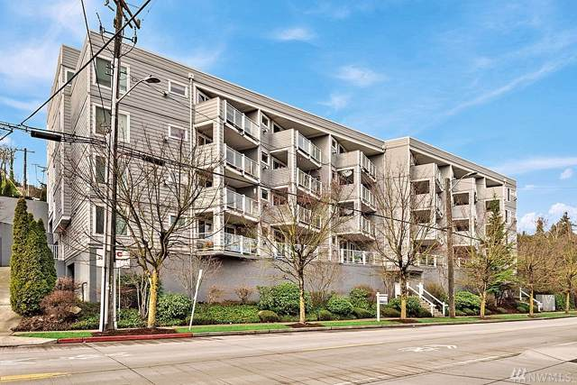 3318 30th Ave SW B701, Seattle, WA 98126 (#1556127) :: Center Point Realty LLC
