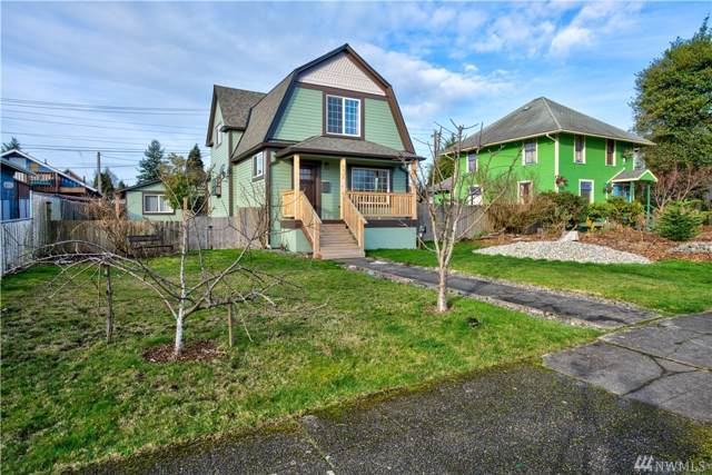 2414 Maple St, Everett, WA 98201 (#1556262) :: Ben Kinney Real Estate Team