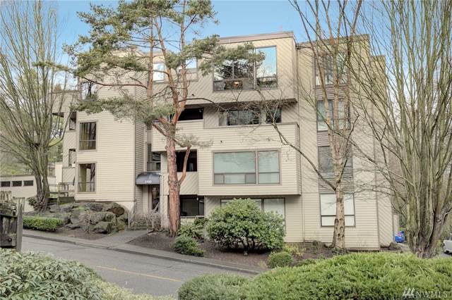 2500 W Manor Place #318, Seattle, WA 98199 (#1556350) :: TRI STAR Team   RE/MAX NW
