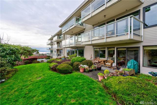 1414 9th Ave N #204, Edmonds, WA 98020 (#1556388) :: KW North Seattle