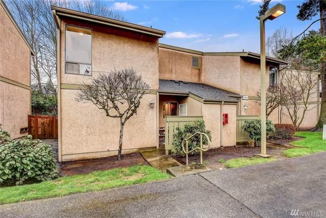 10014 NE 138th Place, Kirkland, WA 98034 (#1556403) :: Ben Kinney Real Estate Team