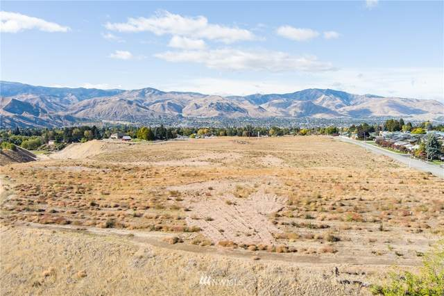 2296 5th St Street NE, East Wenatchee, WA 98802 (MLS #1556409) :: Nick McLean Real Estate Group