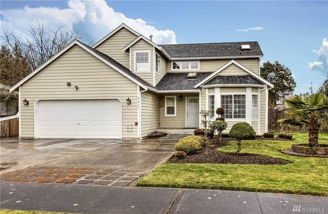 8017 S L St, Tacoma, WA 98408 (#1556547) :: Ben Kinney Real Estate Team