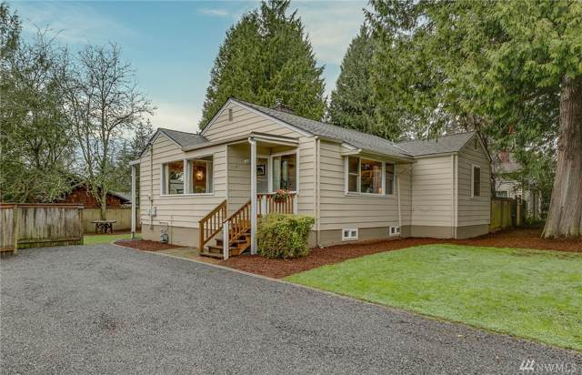 11347 Sand Point Wy NE, Seattle, WA 98125 (#1556613) :: The Kendra Todd Group at Keller Williams