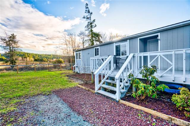 2309 Twin Place, Anacortes, WA 98221 (#1556907) :: Northwest Home Team Realty, LLC