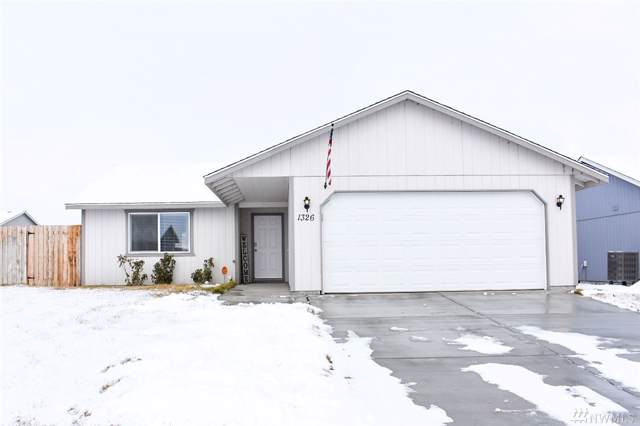 1326 W Shelby St, Moses Lake, WA 98837 (MLS #1557413) :: Nick McLean Real Estate Group