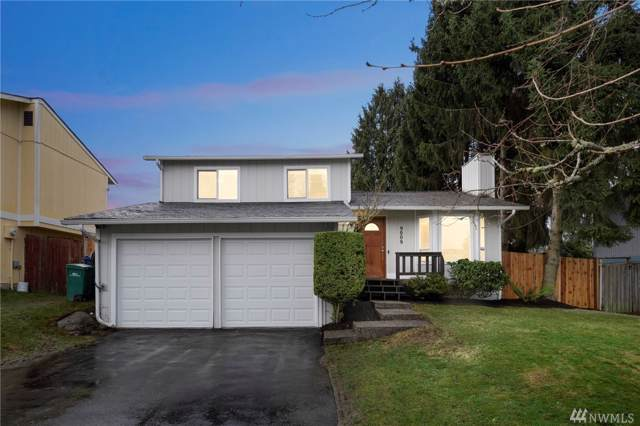 9009 NE 139th St, Kirkland, WA 98034 (#1557496) :: The Kendra Todd Group at Keller Williams