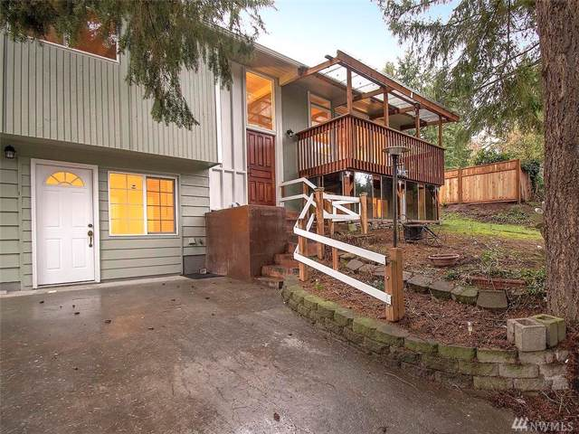 18135 Dayton Ave N, Shoreline, WA 98133 (#1557790) :: KW North Seattle
