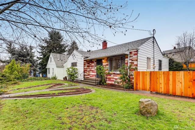 12082 Renton Ave S, Seattle, WA 98178 (#1558065) :: Real Estate Solutions Group