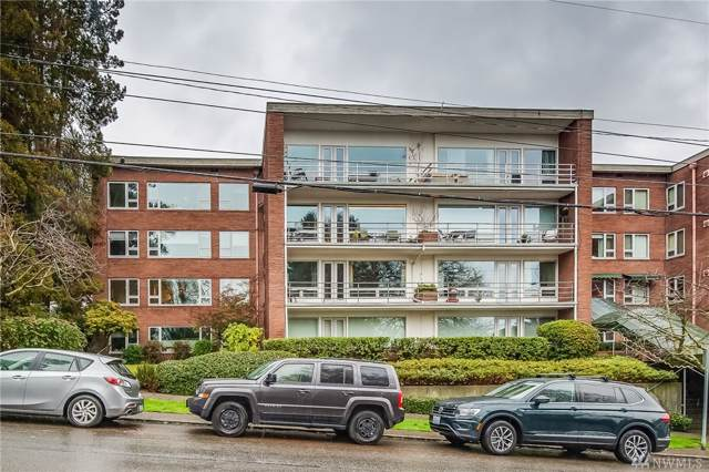 530 W Olympic Place #207, Seattle, WA 98119 (#1558310) :: Keller Williams Western Realty