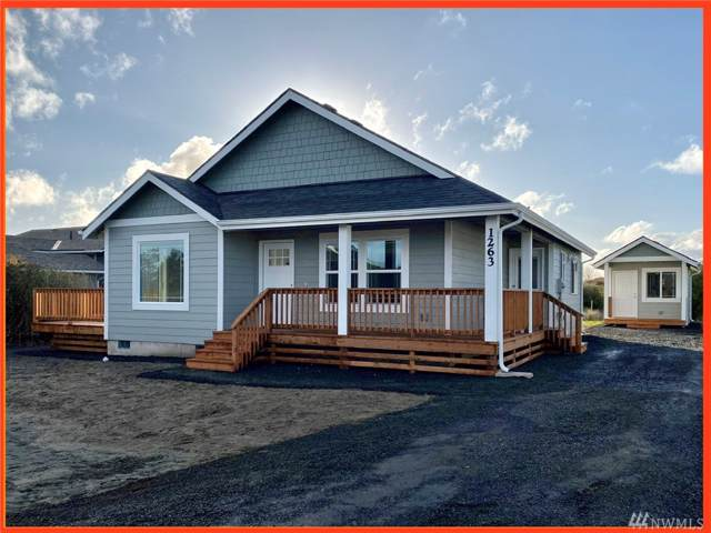 905 Marlin Ct, Ocean Shores, WA 98569 (#1558324) :: Keller Williams Western Realty