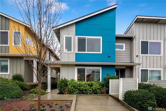 826 SW 96th Place, Seattle, WA 98106 (#1558360) :: Tribeca NW Real Estate