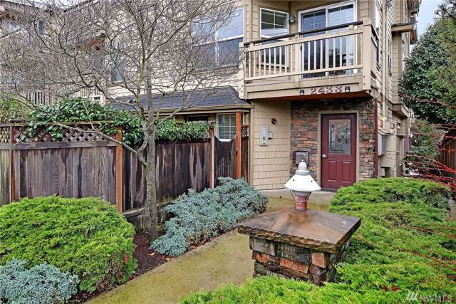 2433 NW 59th St #201, Seattle, WA 98107 (#1558426) :: Keller Williams Realty