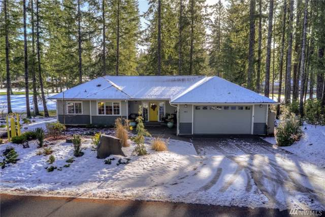 160 E Country Club Drive East, Union, WA 98592 (#1558558) :: Lucas Pinto Real Estate Group