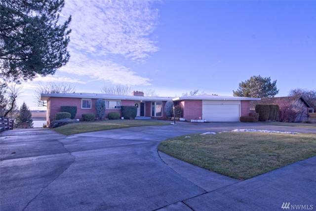 326 N Crestview Dr, Moses Lake, WA 98837 (MLS #1558688) :: Nick McLean Real Estate Group