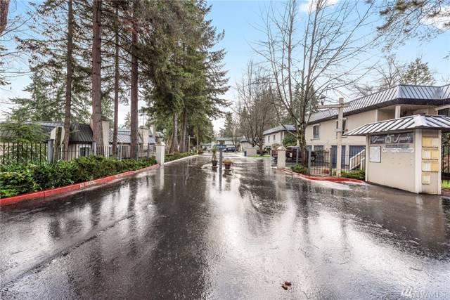 1620 103rd Ave NE P2, Bellevue, WA 98004 (#1558735) :: Costello Team