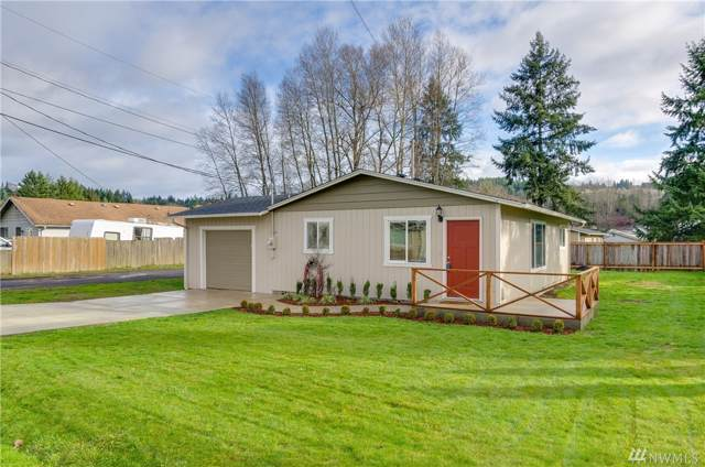 1642 N 2nd Ave, Kelso, WA 98626 (#1559016) :: The Kendra Todd Group at Keller Williams