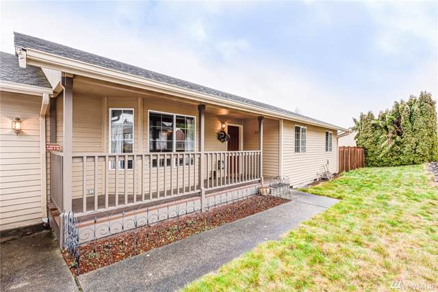 1332 E Casino Rd, Everett, WA 98203 (#1559427) :: Record Real Estate