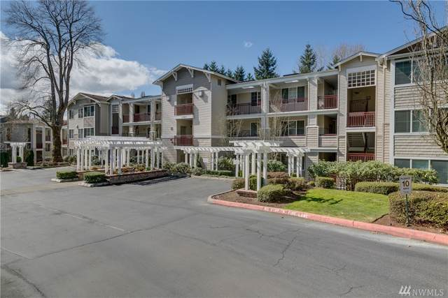 1709 134th Ave SE #15, Bellevue, WA 98005 (#1560155) :: The Kendra Todd Group at Keller Williams