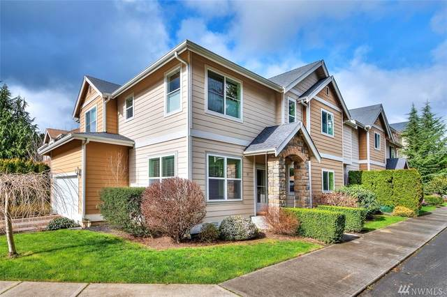 85 5th Ave SE B, Issaquah, WA 98027 (#1560189) :: KW North Seattle