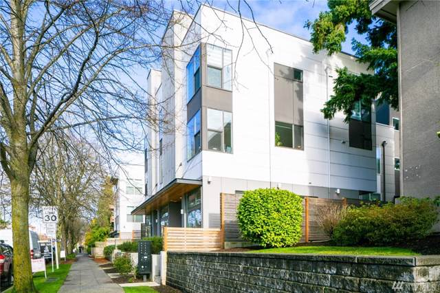 4044 California Ave SW C, Seattle, WA 98116 (#1560815) :: The Kendra Todd Group at Keller Williams