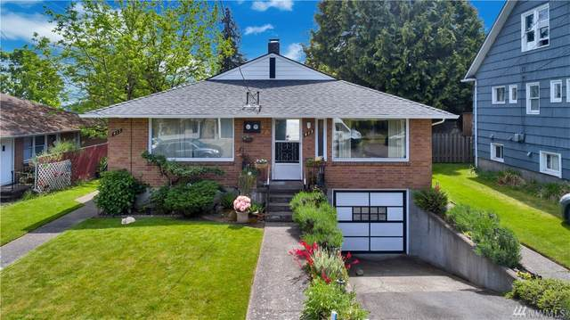413 NE 43RD St, Seattle, WA 98105 (#1561379) :: Northern Key Team