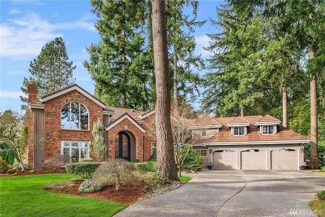 2111 96th Ave NE, Clyde Hill, WA 98004 (#1561604) :: The Kendra Todd Group at Keller Williams