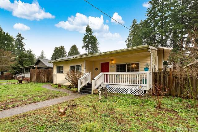 11742 36th Ave NE, Seattle, WA 98125 (#1562812) :: The Kendra Todd Group at Keller Williams