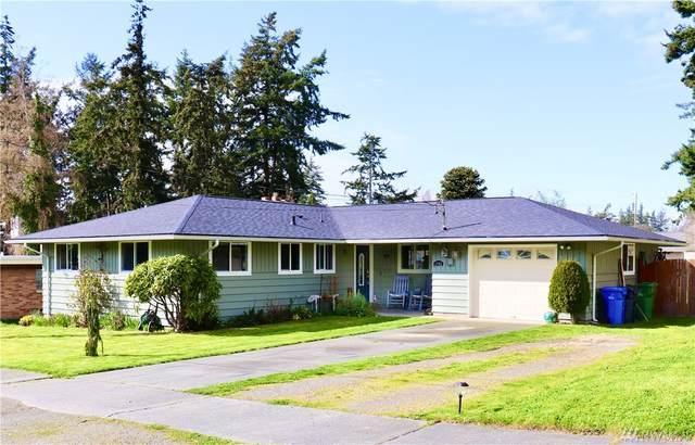 1742 NE 6th Ave, Oak Harbor, WA 98277 (#1563130) :: Ben Kinney Real Estate Team