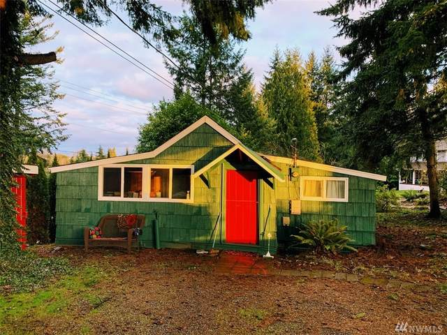 21222 Island Parkway E, Lake Tapps, WA 98391 (#1563526) :: Real Estate Solutions Group